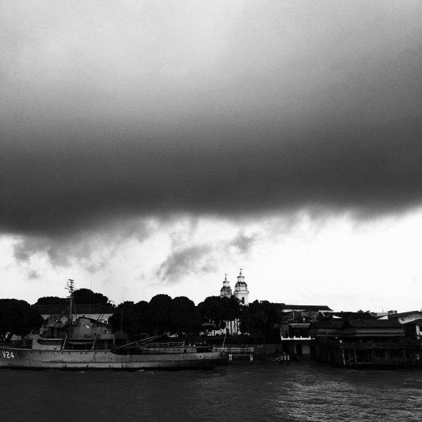 Belém de barco